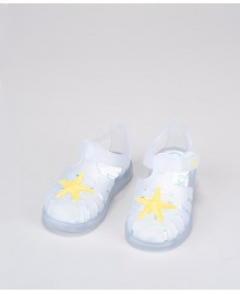 Sandalia Tobby velcro estrella